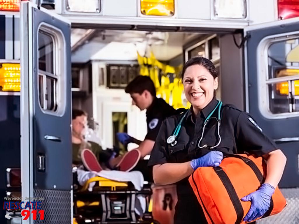 Paramédicos y Técnicos en Urgencias Médicas